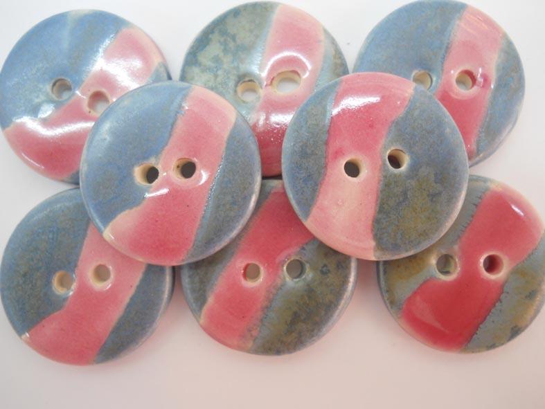 botó de ceràmica rosa i blau