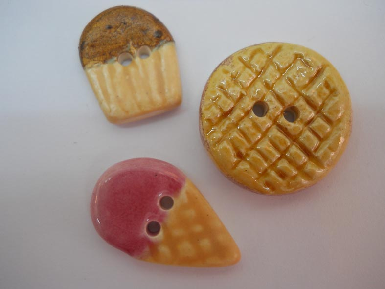 botons madalenes, gelat i galeta